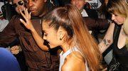 Oto dlaczego Ariana Grande zawsze nosi kucyka!