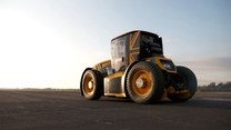 Oto najszybszy traktor świata. Demon prędkości