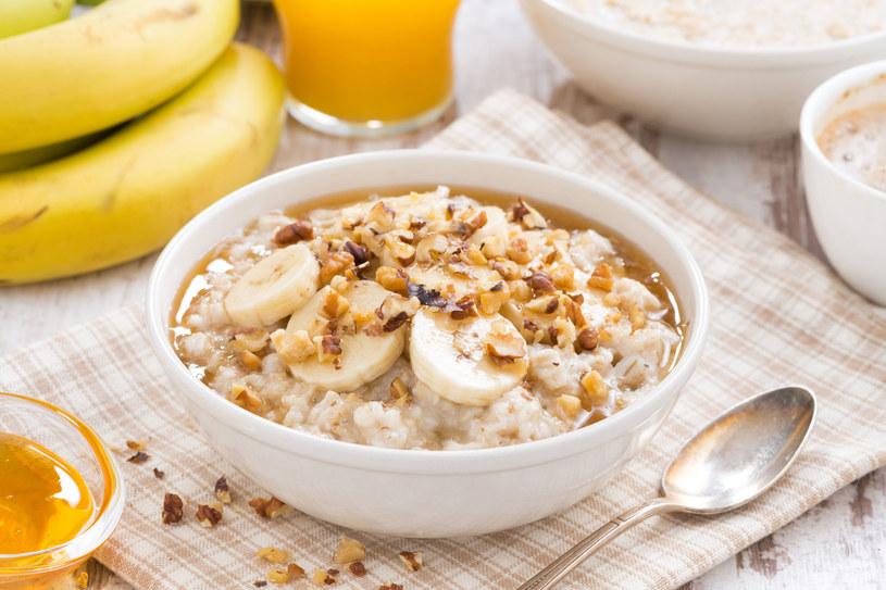 Otręby dodawane do posiłków sprawią, że będziesz czuć sytość na dłużej /123RF/PICSEL