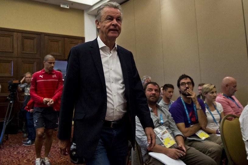 """Ottmar Hitzfeld podczas pracy z kadrą """"Helwetów"""" /AFP"""