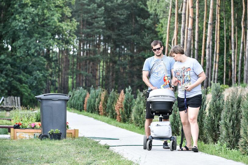 Otylia Jędrzejczak z partnerem i dzieckiem (2016 r.) /Paweł Skraba /Reporter