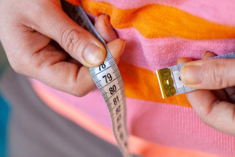 Otyłość istotnie zwiększa prawdopodobieństwo rozwoju chorób nowotworowych /123RF/PICSEL