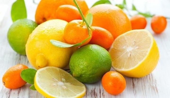 Owoce cytrusowe właściwości /© Photogenica