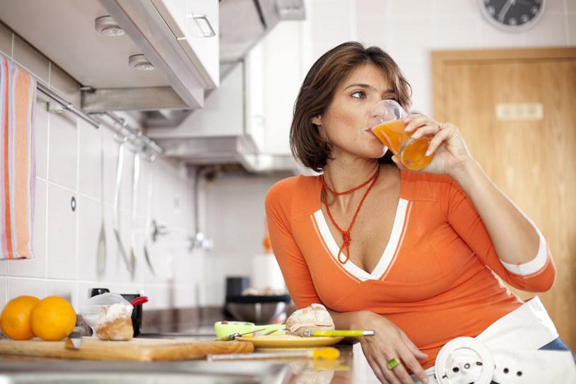 Owoce i warzywa są doskonałym źródłem luteiny /123RF/PICSEL