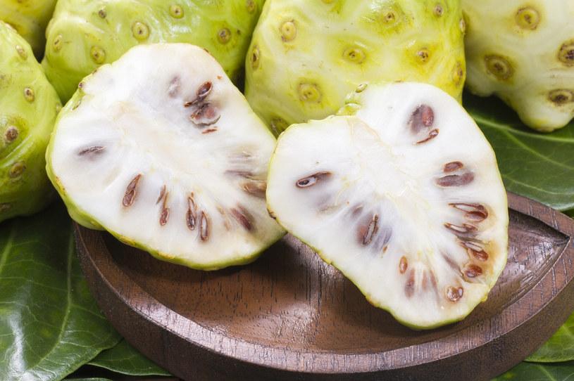 Owoce morwy można wykorzystać na wiele sposobów /123RF/PICSEL