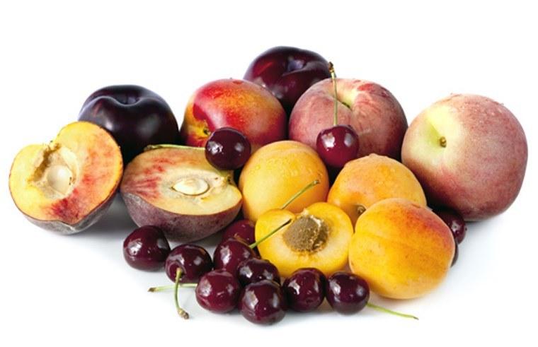 Owoce pestkowe /© Photogenica