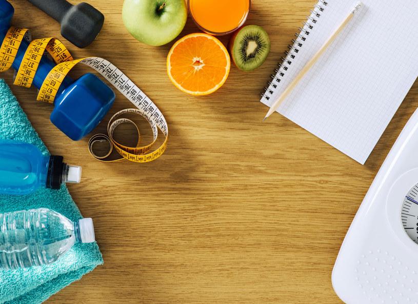 Owoce pomogą zgubić kilogramy /123RF/PICSEL
