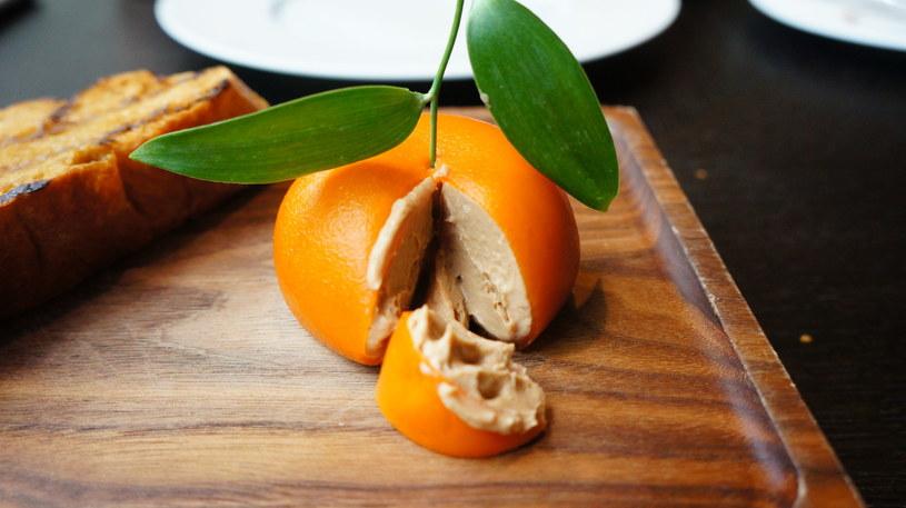 Owoce z mięsnym nadzieniem? W foodpairingu to możliwe! /123RF/PICSEL