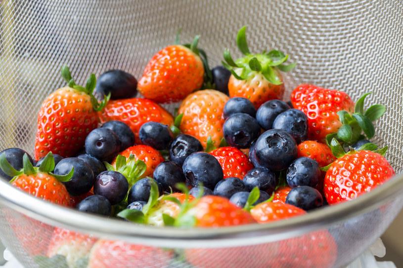 Owoce zrywane wprost z gałęzi są najsmaczniejsze i najzdrowsze /123RF/PICSEL