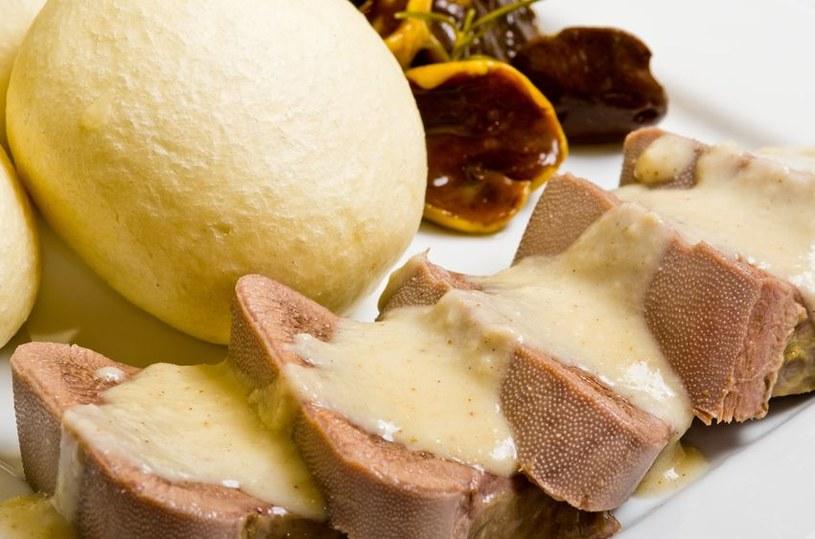 Ozorki w sosie chrzanowym są niezwykle smaczne /123RF/PICSEL
