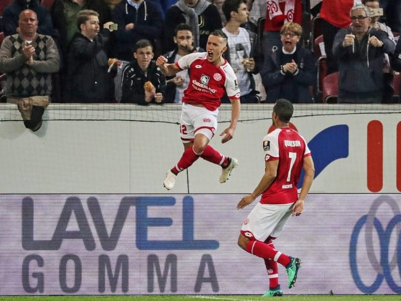 Pablo de Blasis cieszy się z gola dla Mainz /PAP/EPA