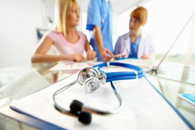 Pacjenci często odkrywają nieprawidłowości w oddziałach Narodowego Funduszu Zdrowia /©123RF/PICSEL