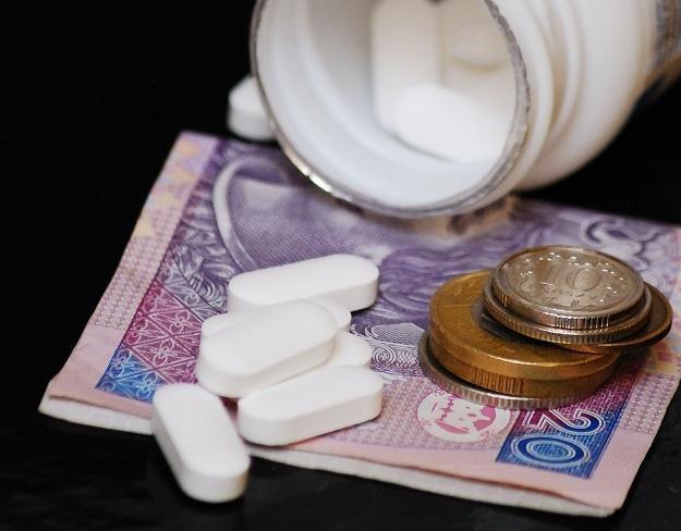 Pacjenci dopłacą więcej do 495 medykamentów; ceny 472 spadły. /123RF/PICSEL