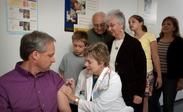 """Pacjenci interweniują w sprawie szczepień przeciwko HPV. """"To przyczyna tysięcy zgonów"""""""