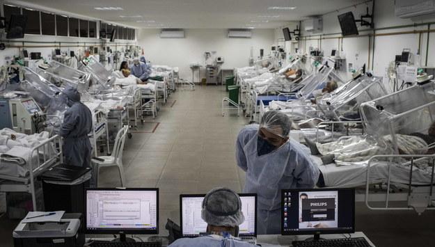 Pacjenci z Covid-19 /RAPHAEL ALVES /PAP/EPA