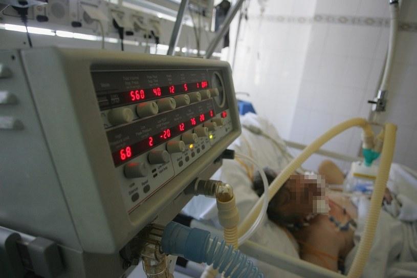 Pacjent był podczas obrzędu nieprzytomny /Cezary Pecold /Agencja SE/East News