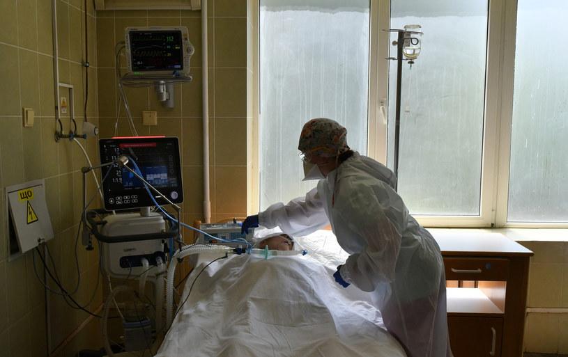 Pacjent w ukraińskim szpitalu; zdj. ilustracyjne /AFP