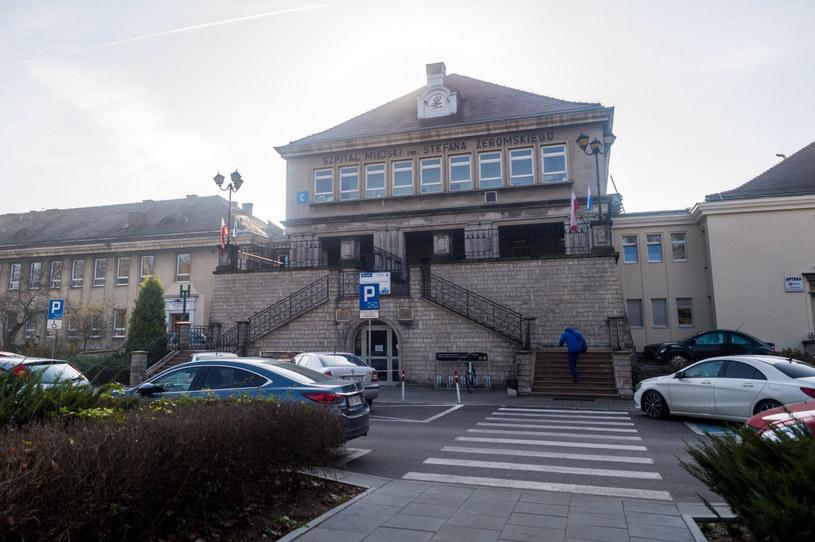 Pacjentka czeka w szpitalu im. S. Żeromskiego na wyniki testów /LUKASZ GAGULSKI/AGENCJA SE/East News /