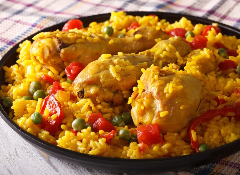 Paella z kurczakiem /123/RF PICSEL /123RF/PICSEL