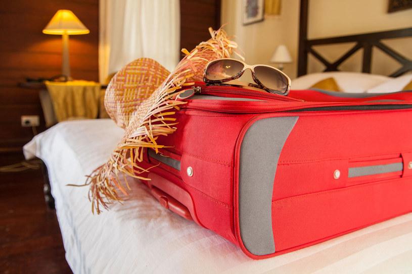 Pakowanie walizek to wbrew pozorom trudne zadanie /123RF/PICSEL