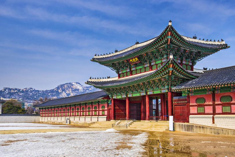 Pałac Gyeongbokgung to najpiękniejsza budowla w Seulu /©123RF/PICSEL