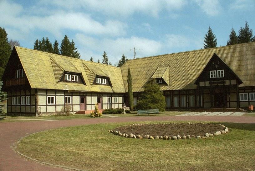 Pałac myśliwski wzniesiono w Łańsku przed wojną /Reporter