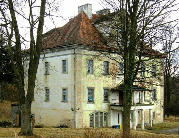Pałac w Rząsinach, stan obecny /fot. S. Wrzesiński /Odkrywca