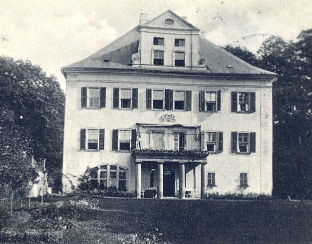 Pałac w Rząsinach w drugiej dekadzie XX w. /fot. ze zbiorów S. Wrzesińskiego /Odkrywca