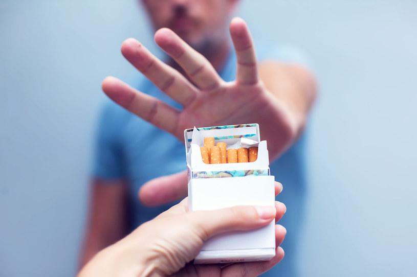 Palenie papierosów jeszcze bardziej szkodliwe niż nam się wydawało /123RF/PICSEL