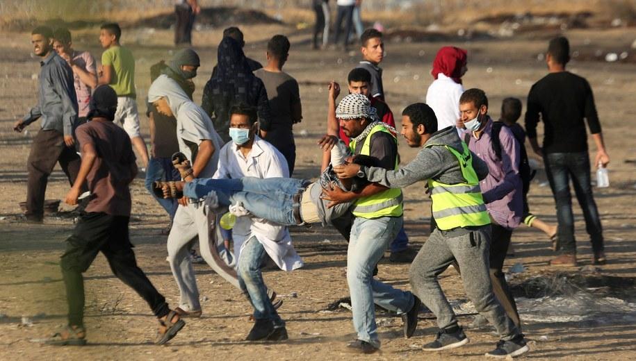 Palestyńscy demonstranci /APA Images /PAP/EPA