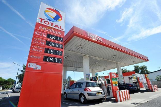 Paliwa drożeją w całej Europie /AFP