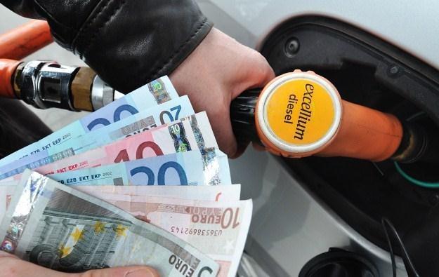 Paliwo w Europie również jest bardzo drogie /AFP