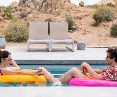 """""""Palm Springs"""": Jakby jutra miało nie być [recenzja]"""