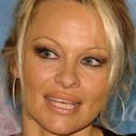 Pamela Anderson: Jej matka dopiero teraz dowiedziała się o molestowaniu i gwałcie!