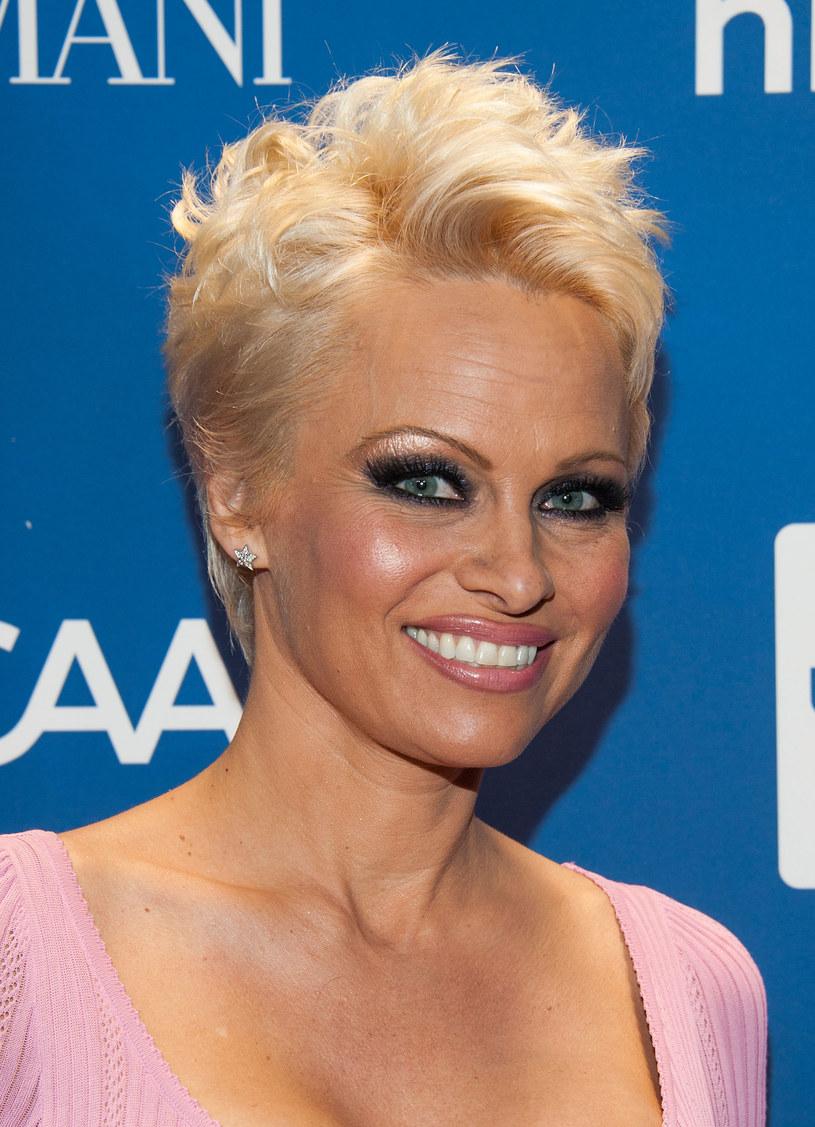 Pamela Anderson / Valerie Macon /Getty Images