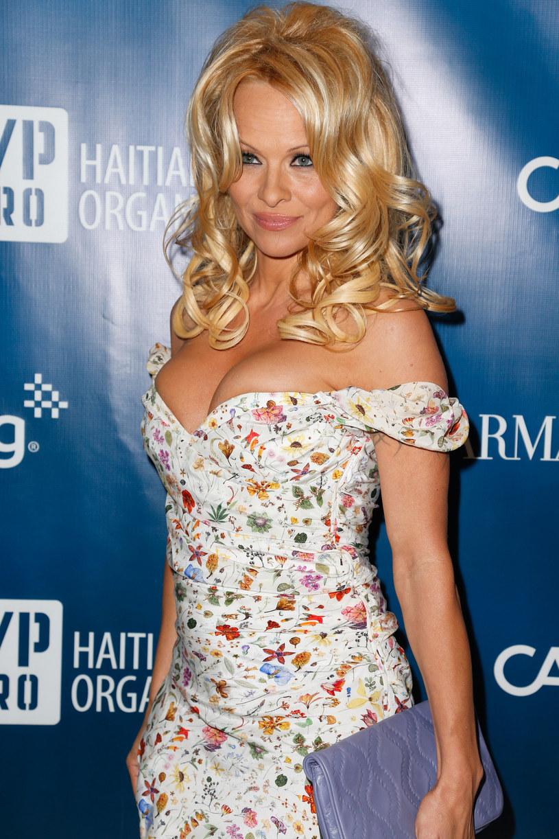 Pamela Anderson /Imeh Akpanudosen /Getty Images