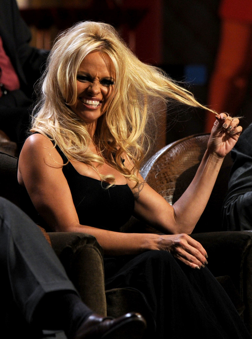 Pamela Anderson /Kevin Winter /Getty Images