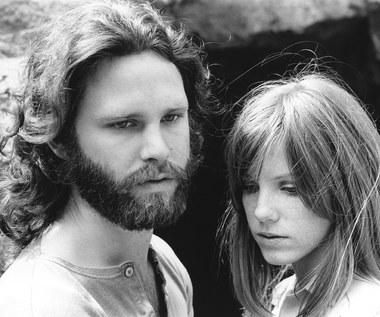 Pamela Courson i Jim Morrison (The Doors): Historia tragicznego romansu
