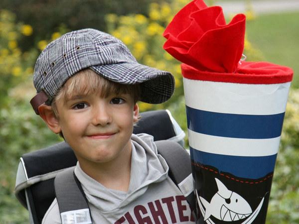 Pamiętaj, by wspierać dziecko i nie straszyć go szkołą  /© Panthermedia