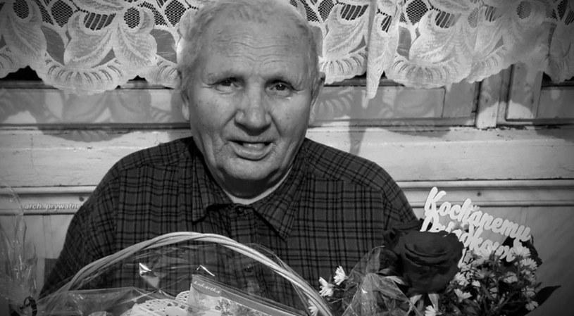 Pan Jan z Bielawy przez siedem godzin czekał w karetce z udarem mózgu; jego życia nie udało się uratować /Polsat News
