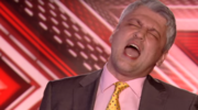 """Pan Zbyszek w przeboju Queen w brytyjskim """"X Factor"""": Hit sieci"""