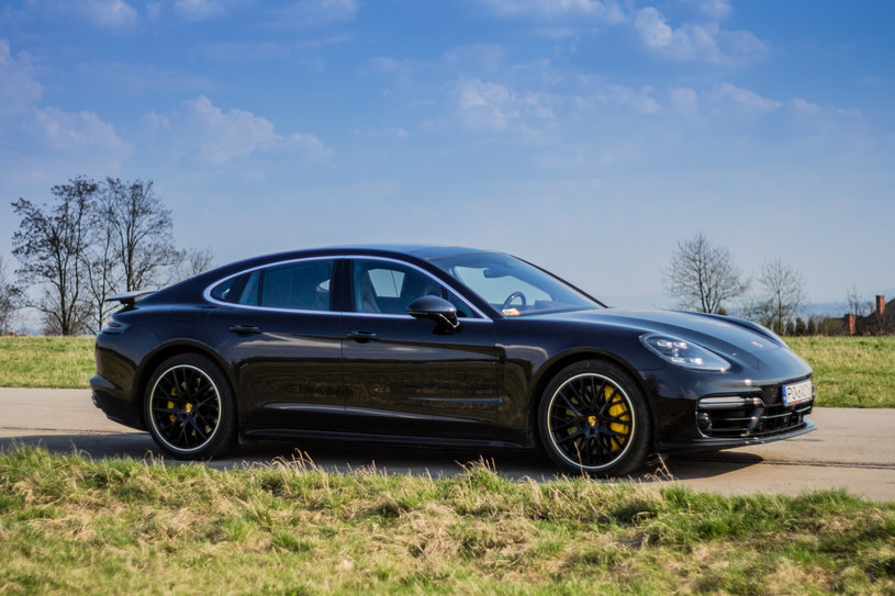 Panamera zanotowała największy wzrost sprzedaży z modeli Porsche /INTERIA.PL