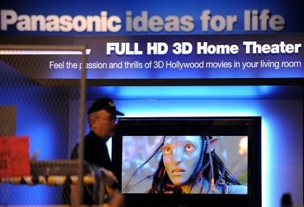 """Panasonic wprowadza plazmę na następny poziom - w sam raz dla kina 3D takiego jak """"Avatar"""" /AFP"""
