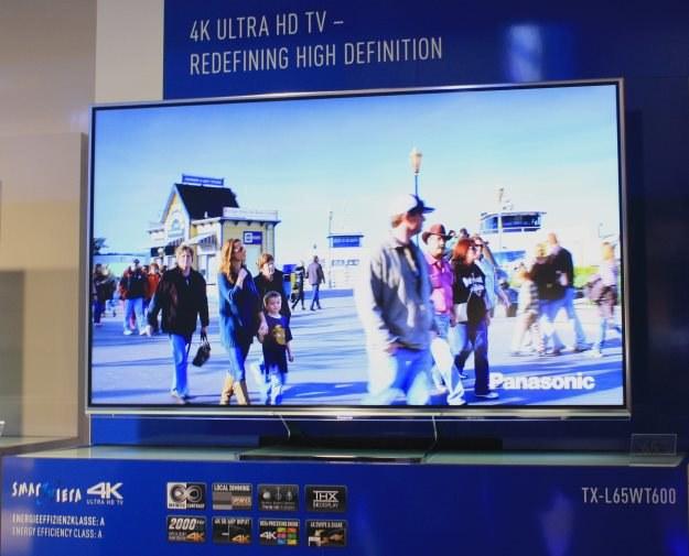 Panasonic zaprezentował 65-calowegp Smart Viera WT600 4K - z HDMI 2.0 /INTERIA.PL
