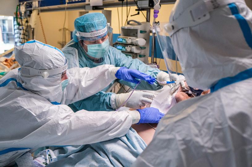 Pandemia COVID-19 w Polsce /ANADOLU AGENCY /Getty Images