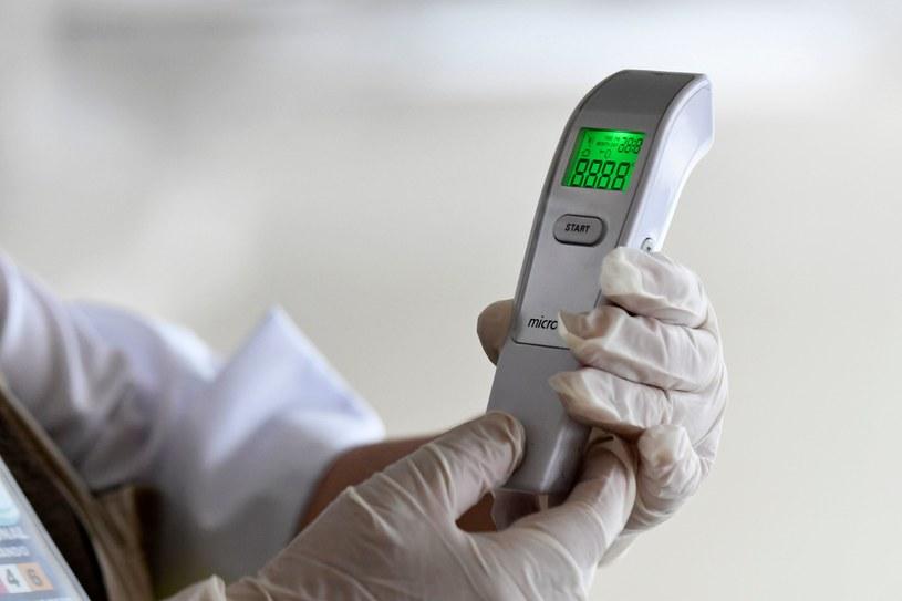 Pandemia koronawirusa przybiera na sile /AFP