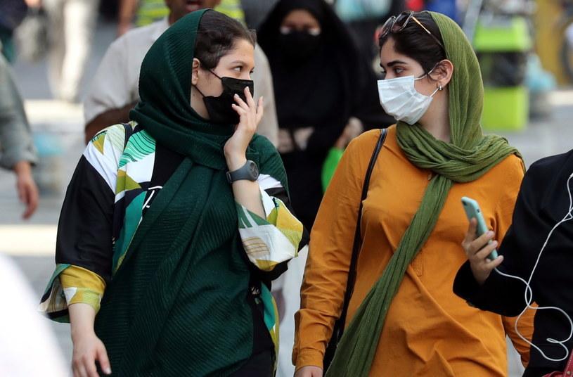 Pandemia koronawirusa w Iranie nie słabnie. Padł kolejny rekord liczby zakażeń /AREF TAHERKENAREH /PAP/EPA