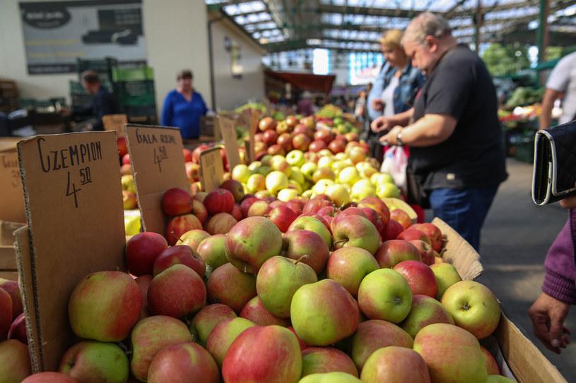 Pandemia mocno zachwiała cenami owoców /Anna Kaczmarz /Agencja SE/East News