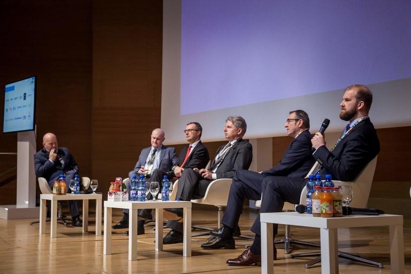 """Panel """"Pracownicze Plany Kapitałowe szansą dla pracowników i pracodawców?"""" podczas Kongresu 590 /Ireneusz Rek /INTERIA.PL"""