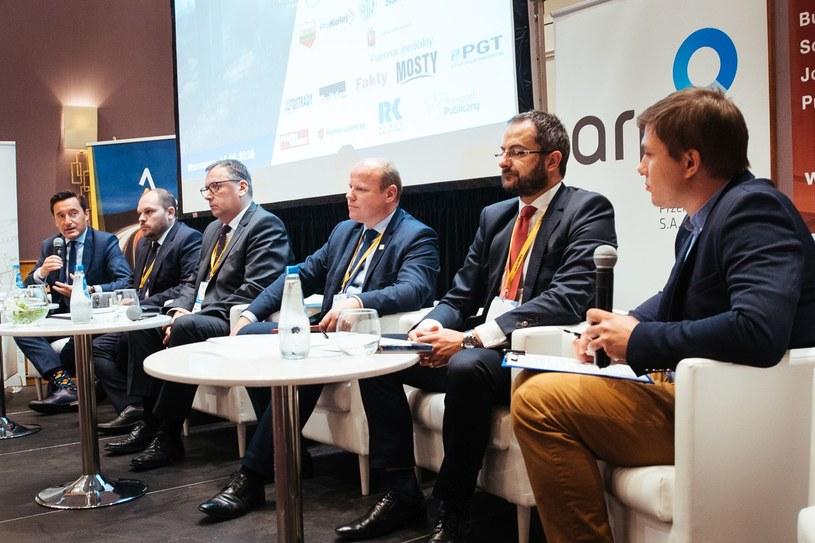 """Panel """"Rozwój i znaczenie kolei regionalnych"""" zorganizowany podczas VI Kongresu Infrastruktury Polskiej / Źródło: ZDG TOR /&nbsp"""